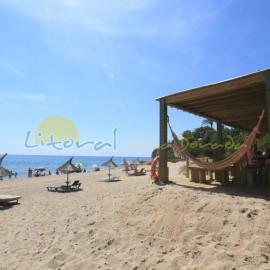 Playa Larga ou Del Estany Gelat